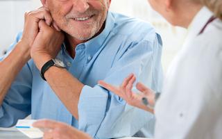 老人ホームで高齢者とスムーズなコミニュケーション